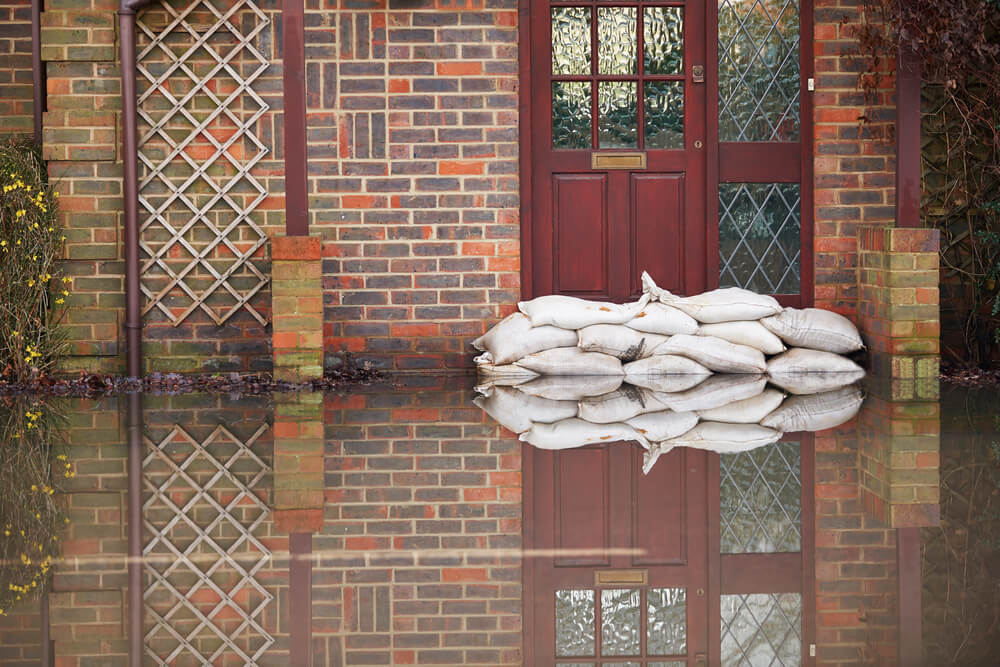 flood with sandbags